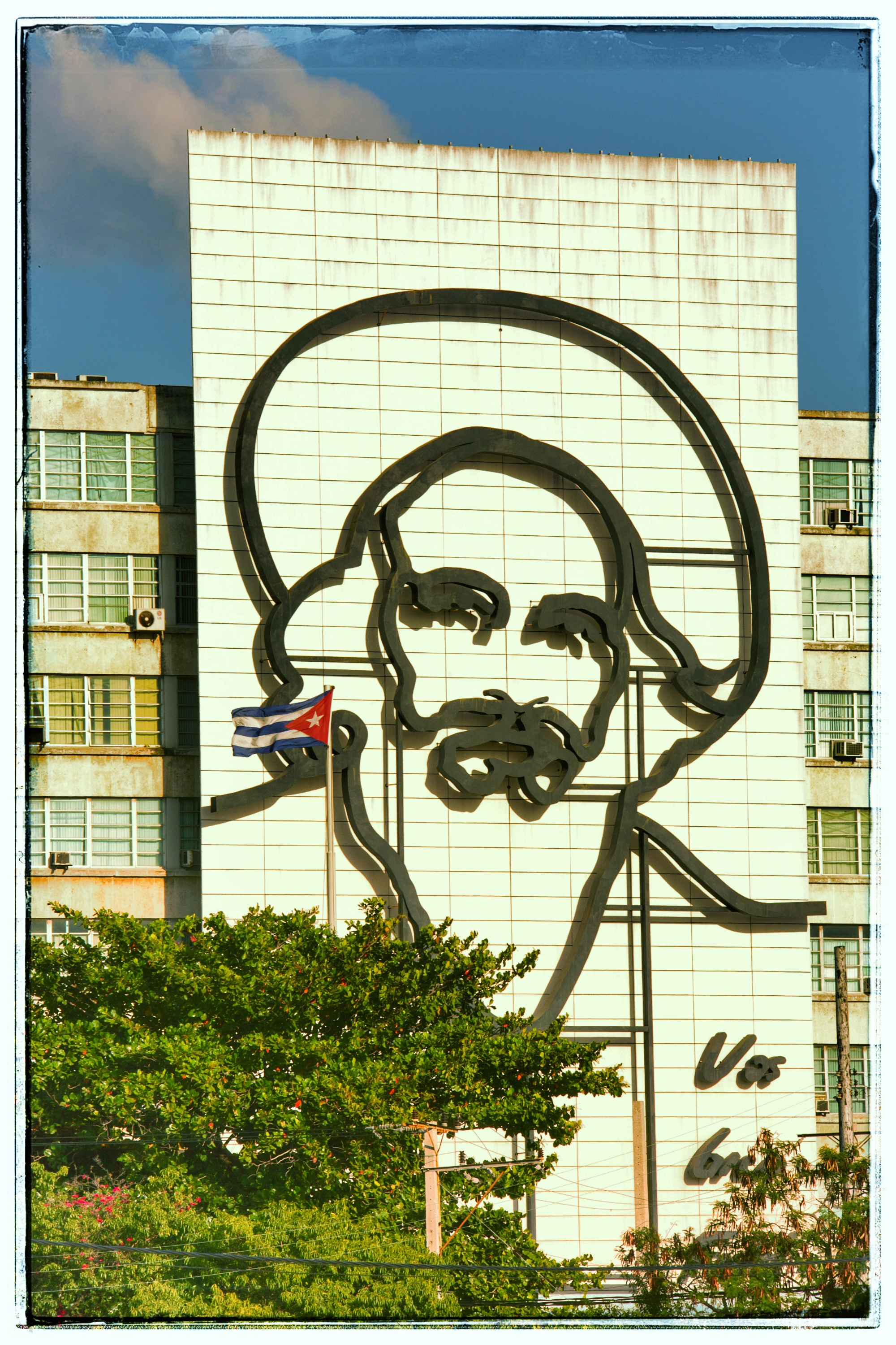 One of the few Fidel images I saw. Che was everywhere, but Fidel and Raul pretty much absent.