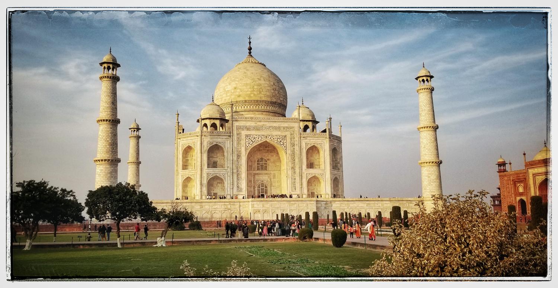 Taj Mahal at Sunset Agra India photographs travel wedding photographer Eugene Oregon