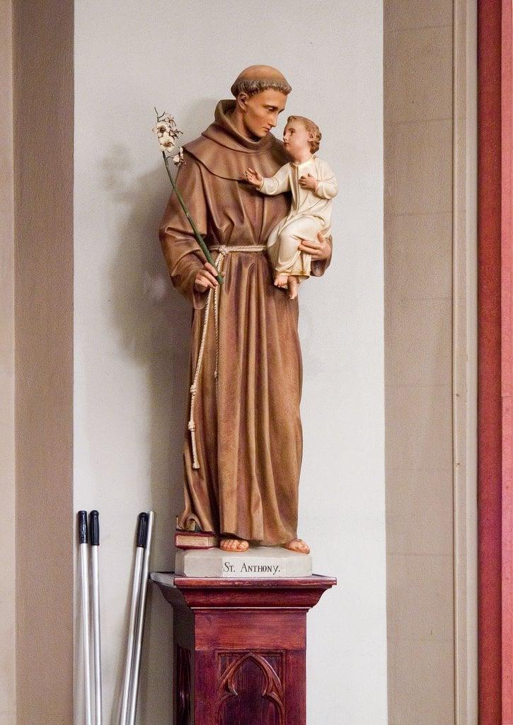 Saint Francis de Sales Oratory, Saint Louis, Missouri - Statue of Saint Anthony of Padua.jpg