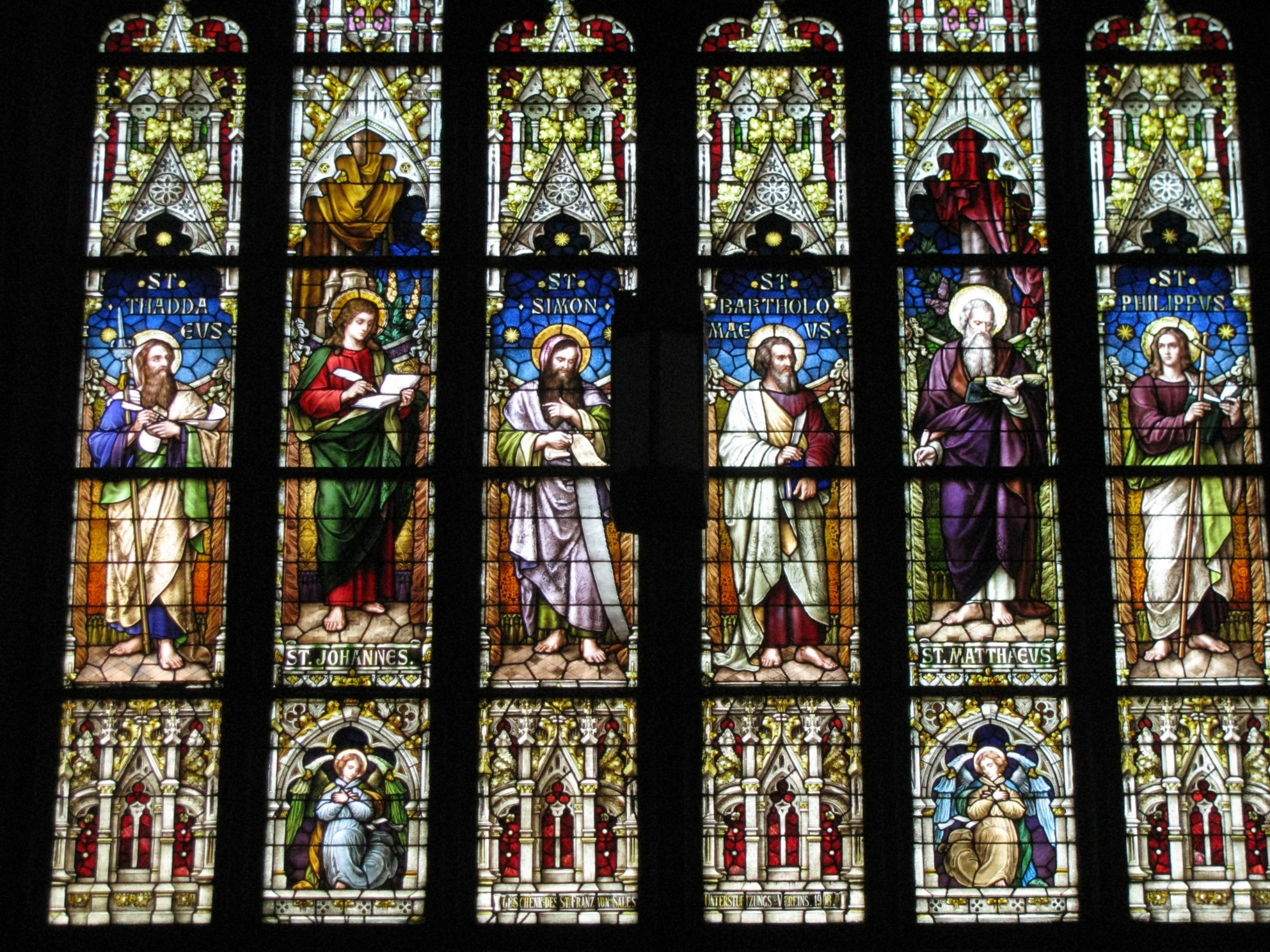 The churchs stained glass windows were created by Emil Frei, Sr., considered to be St. Louis' premier stained glass artist, who studied at the Munich School of Arts and Crafts, and designed the stained glass windows of several St. Louis churches.