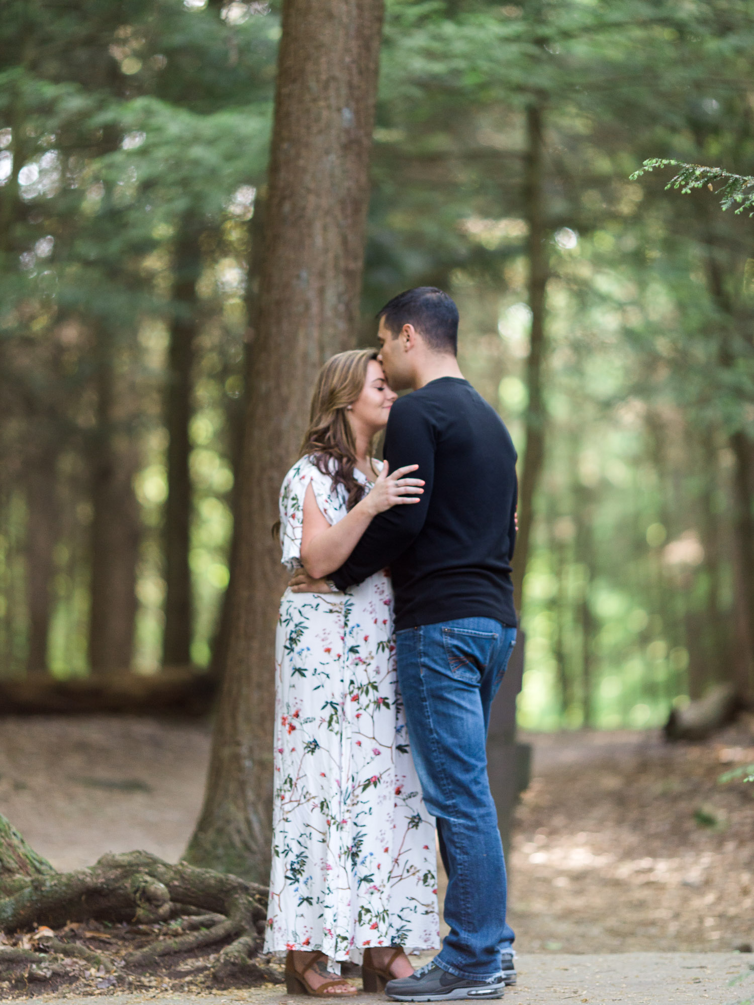 Engagement Photos in Cuyahoga Valley National Park by Cleveland Wedding Photographer Matt Erickson Photography