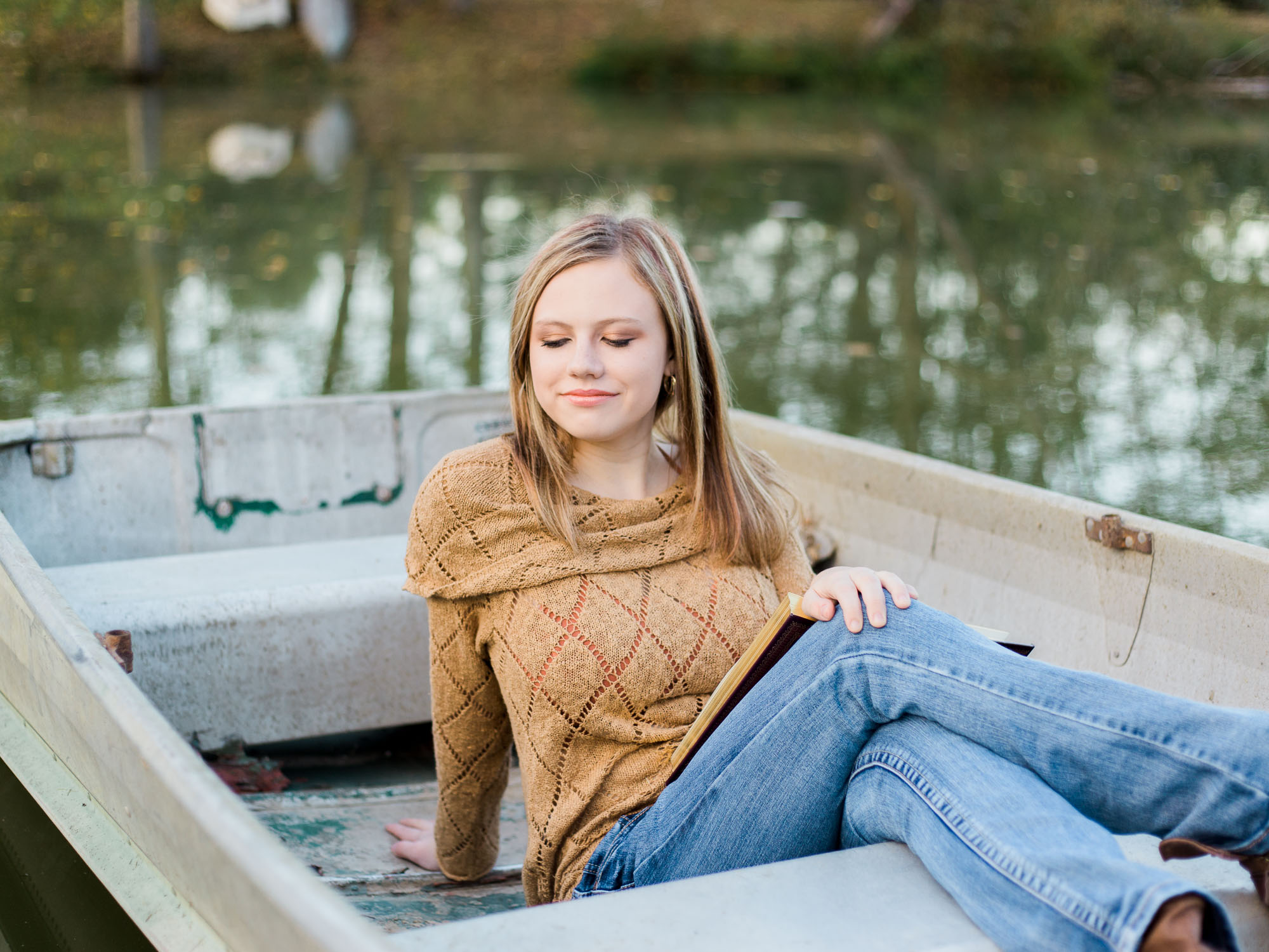 Fall Senior Photos in Wooster Ohio by Cleveland Wedding Photographer Matt Erickson Photography