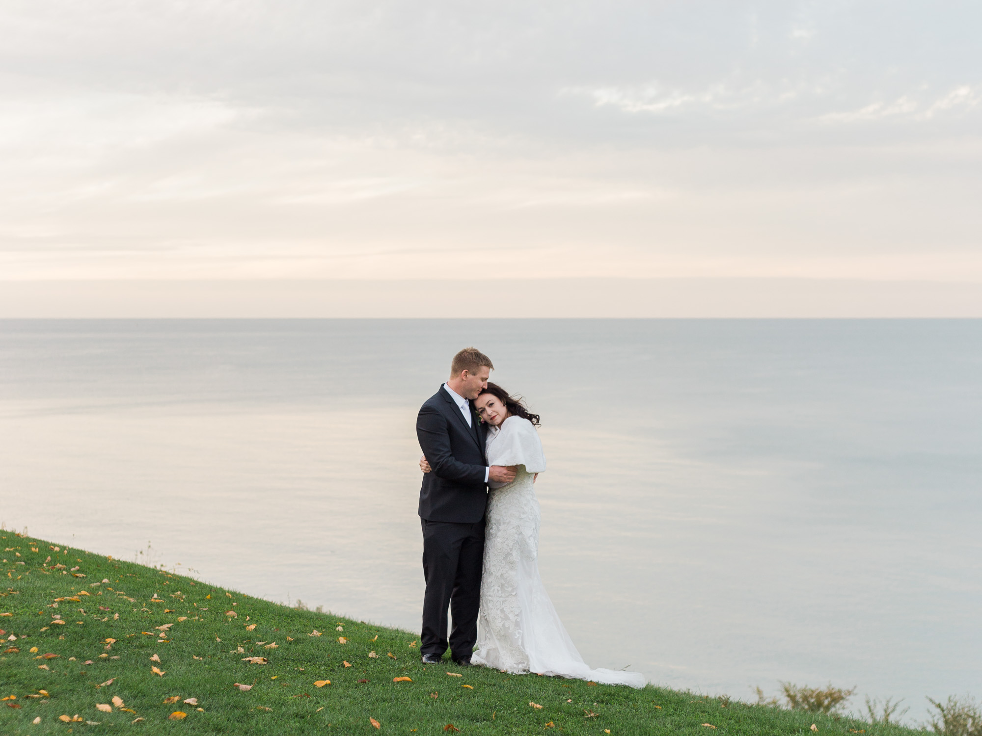 Lakeside Wedding by Cleveland Wedding Photographer Matt Erickson Photography