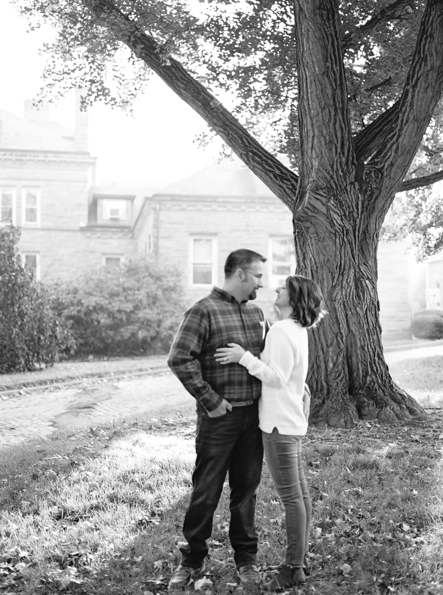 Fall Family Photos in Wooster Ohio by Cleveland Wedding Photographer Matt Erickson Photography