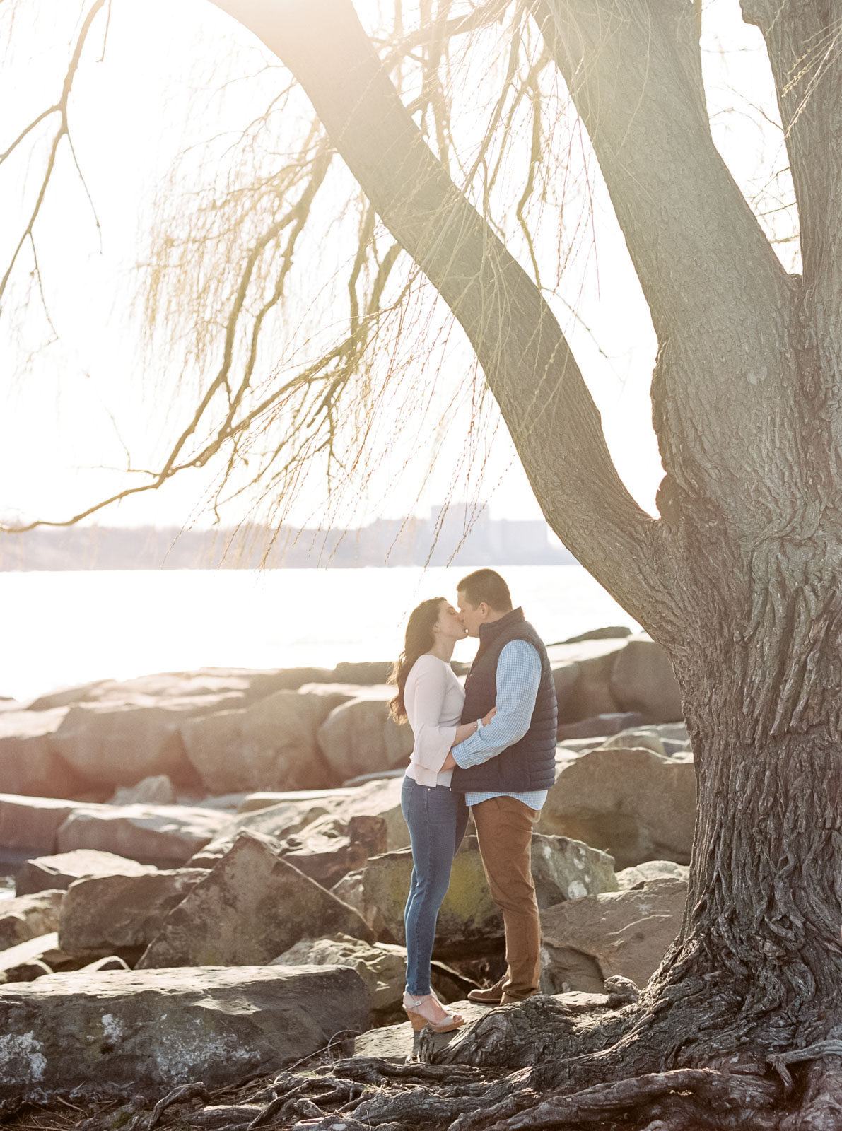 Edgewater Park Engagement Session by Cleveland Wedding Photographer Matt Erickson Photography