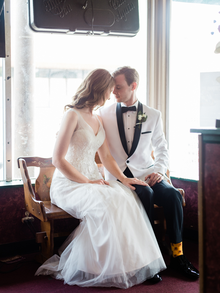 matt-erickson-photography-downtown-cleveland-wedding-photos-14.jpg