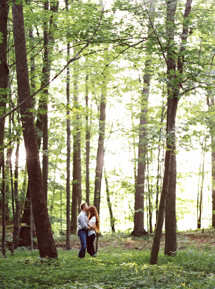romantic-bohemian-engagement-photos-by-matt-erickson-photography-5.jpg