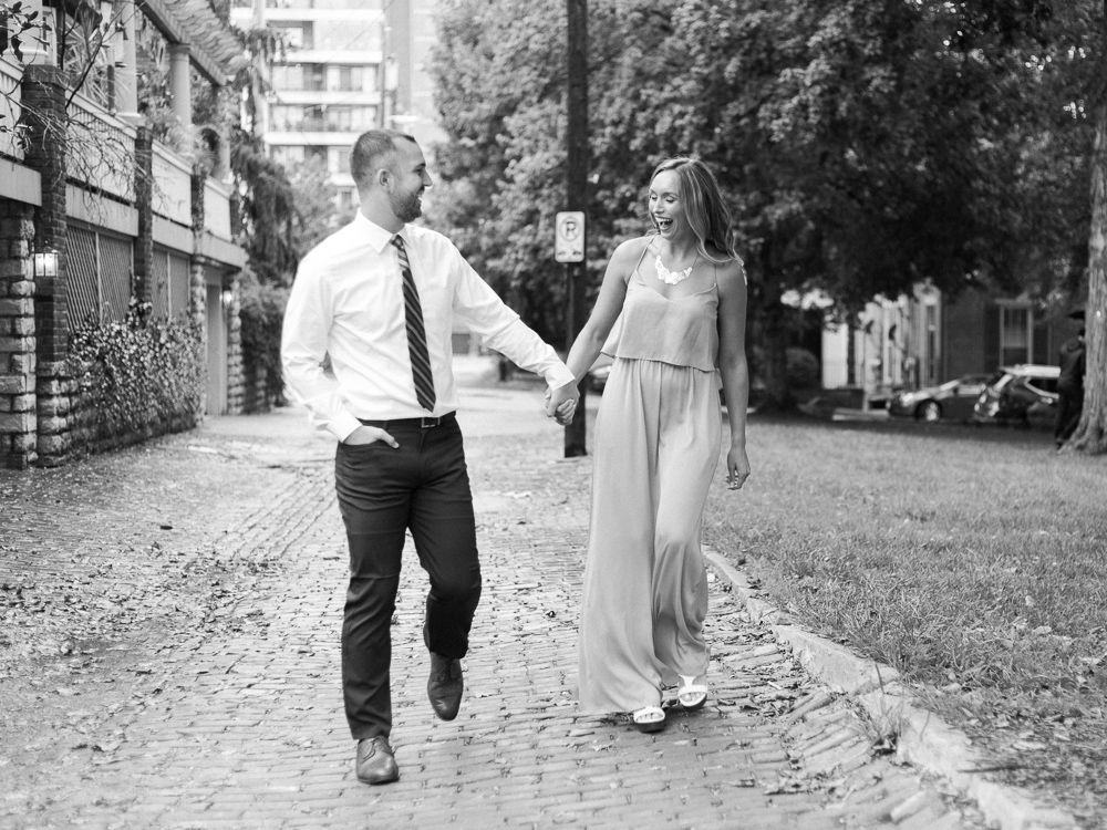 downtown-cincinnati-engagement-photos-by-matt-erickson-photography-1.jpg