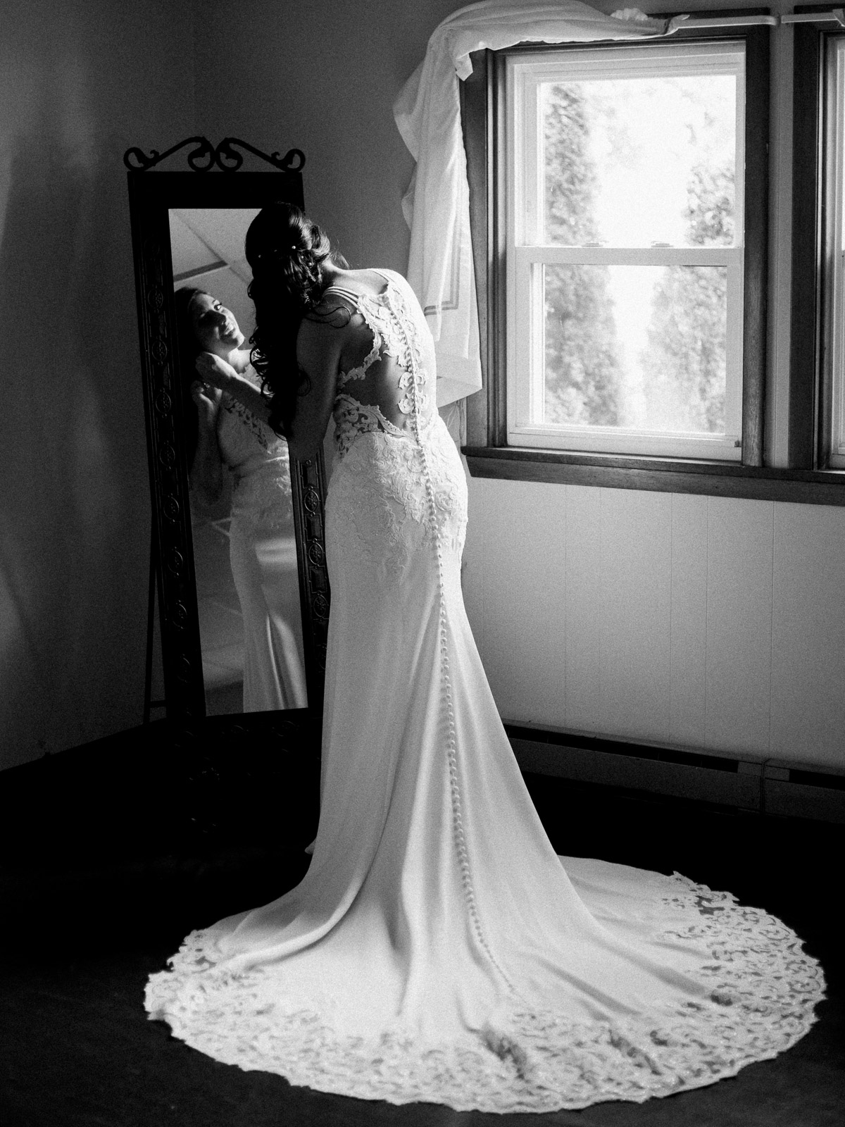 elegant-hoover-hall-wedding-photos-by-matt-erickson-photography-3.jpg