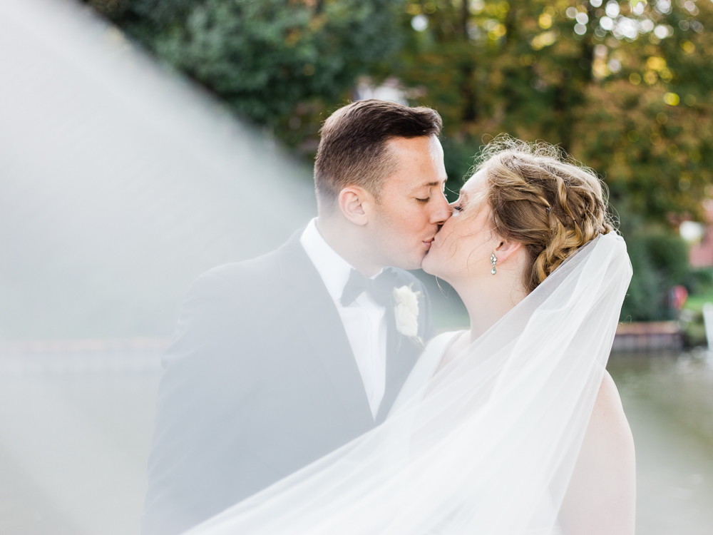 cleveland-yacht-club-wedding-photos-by-matt-erickson-photography-7.jpg