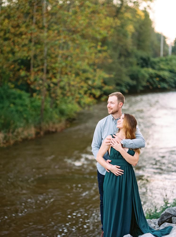 cleveland-fall-engagement-photos-by-matt-erickson-photography-51.jpg