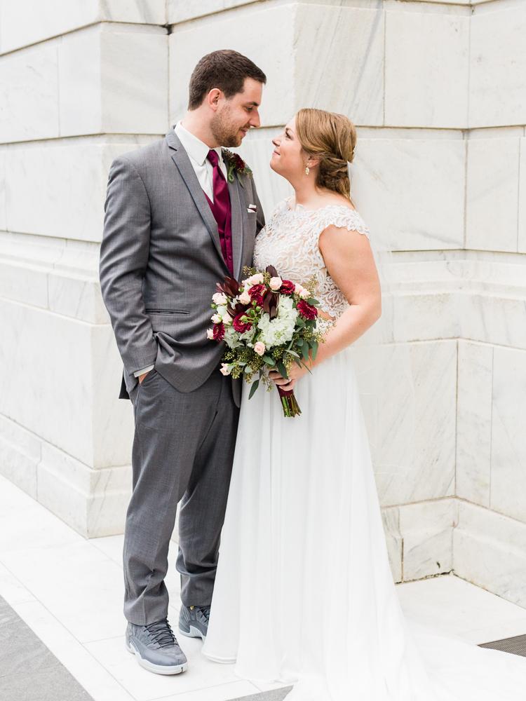 romantic-cleveland-wedding-photos-ariel-international-center-by-matt-erickson-photography-10.jpg