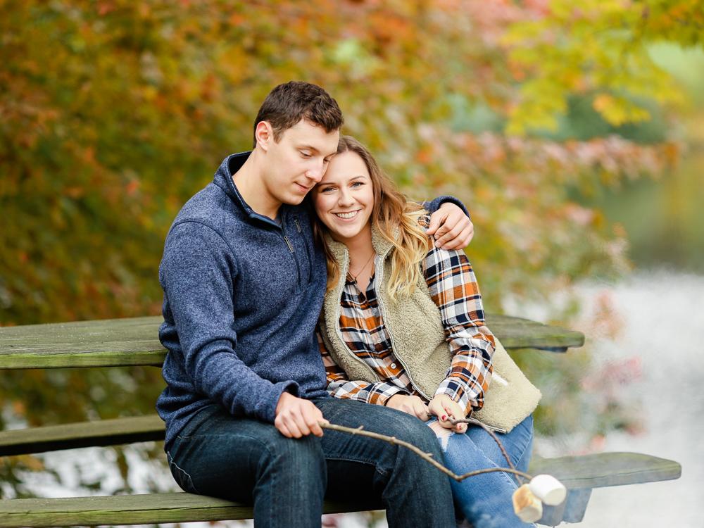 romantic-fall-engagement-photo-ideas-by-matt-erickson-photography-10.jpg