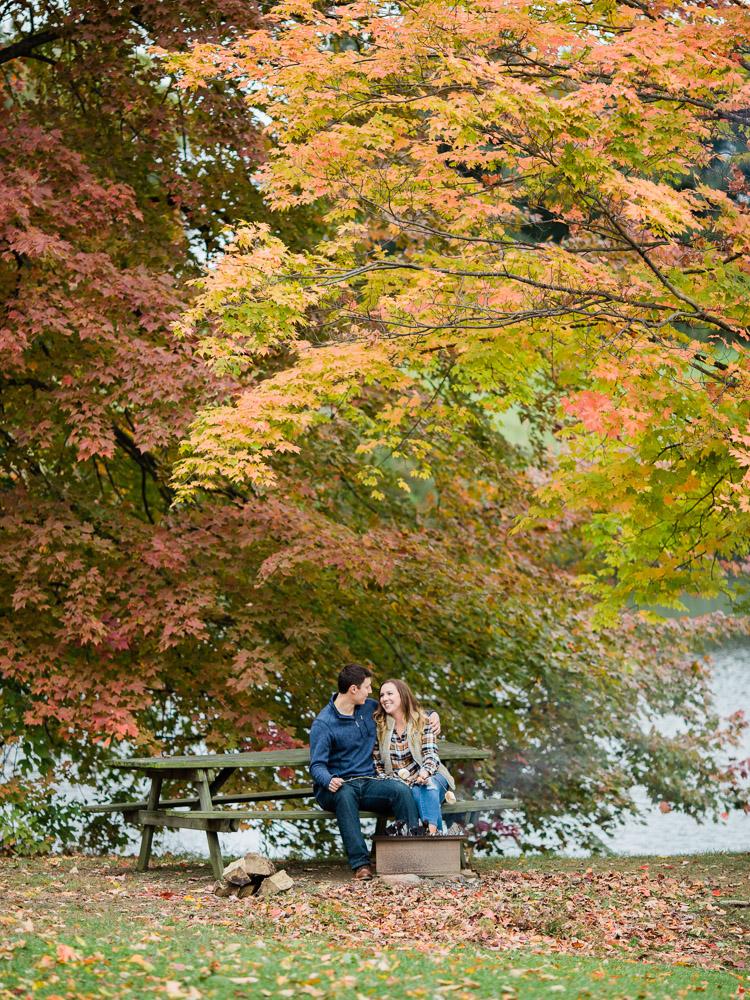 romantic-fall-engagement-photo-ideas-by-matt-erickson-photography-14.jpg