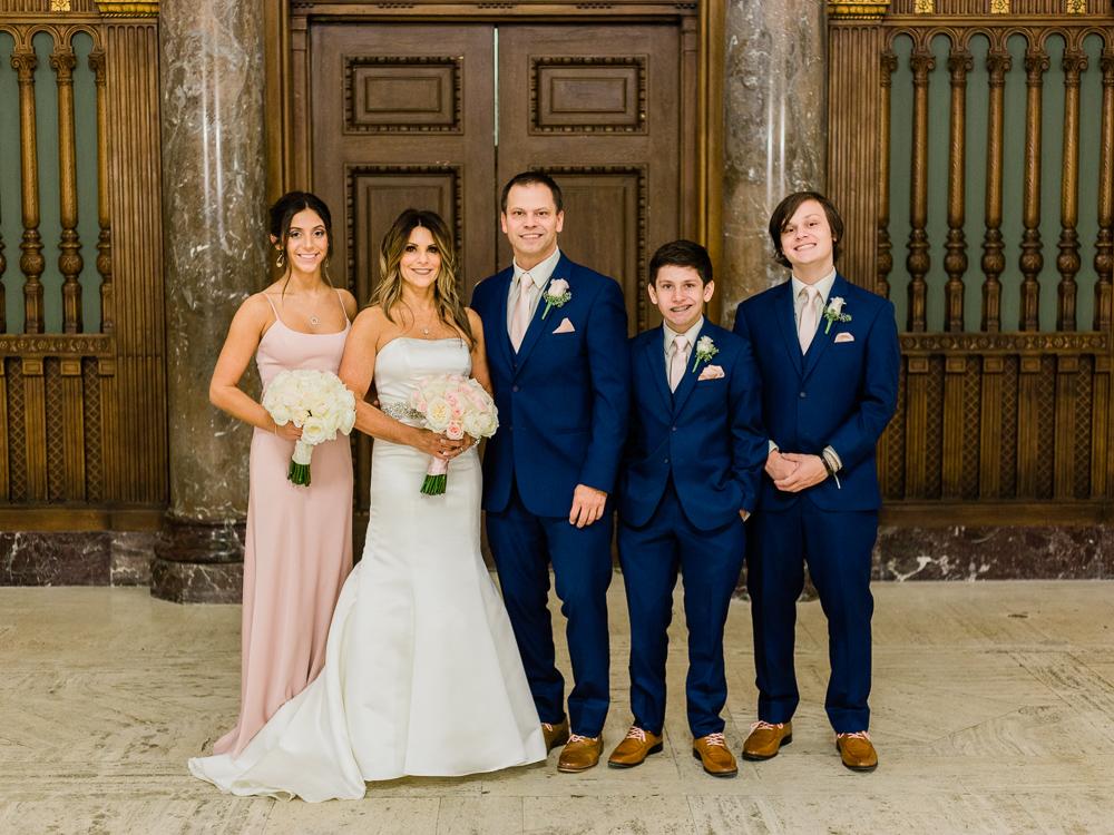 ritz-carlton-luxury-cleveland-wedding-photos-by-matt-erickson-photography-26.jpg