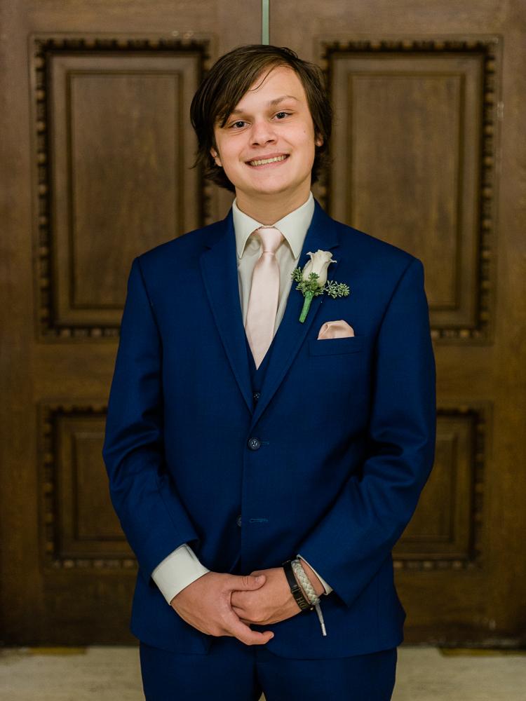 ritz-carlton-luxury-cleveland-wedding-photos-by-matt-erickson-photography-25.jpg