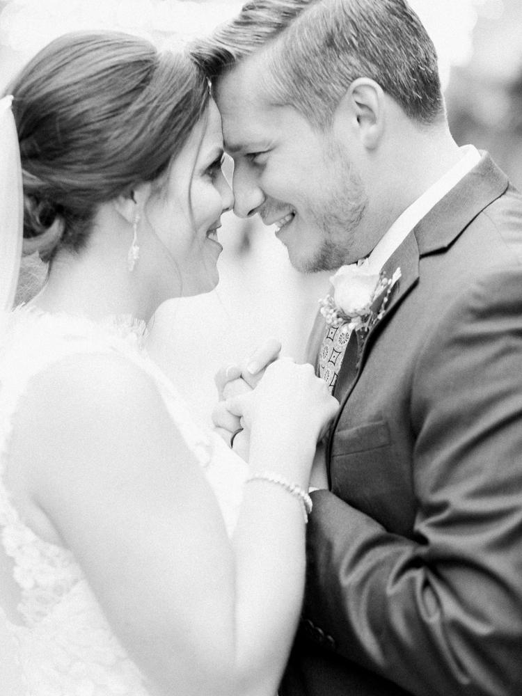 romantic-cleveland-christmas-wedding-photos-by-matt-erickson-photography-26.jpg