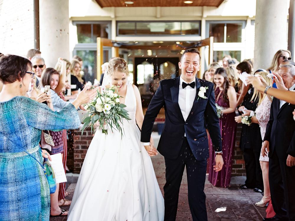 cleveland-yacht-club-wedding-photos-by-matt-erickson-photography-279.jpg
