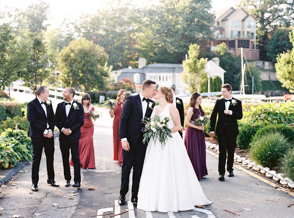 cleveland-yacht-club-wedding-photos-by-matt-erickson-photography-371.jpg