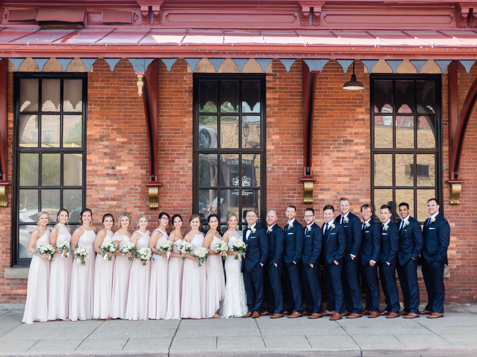 classic-spring-cleveland-wedding-29.jpg