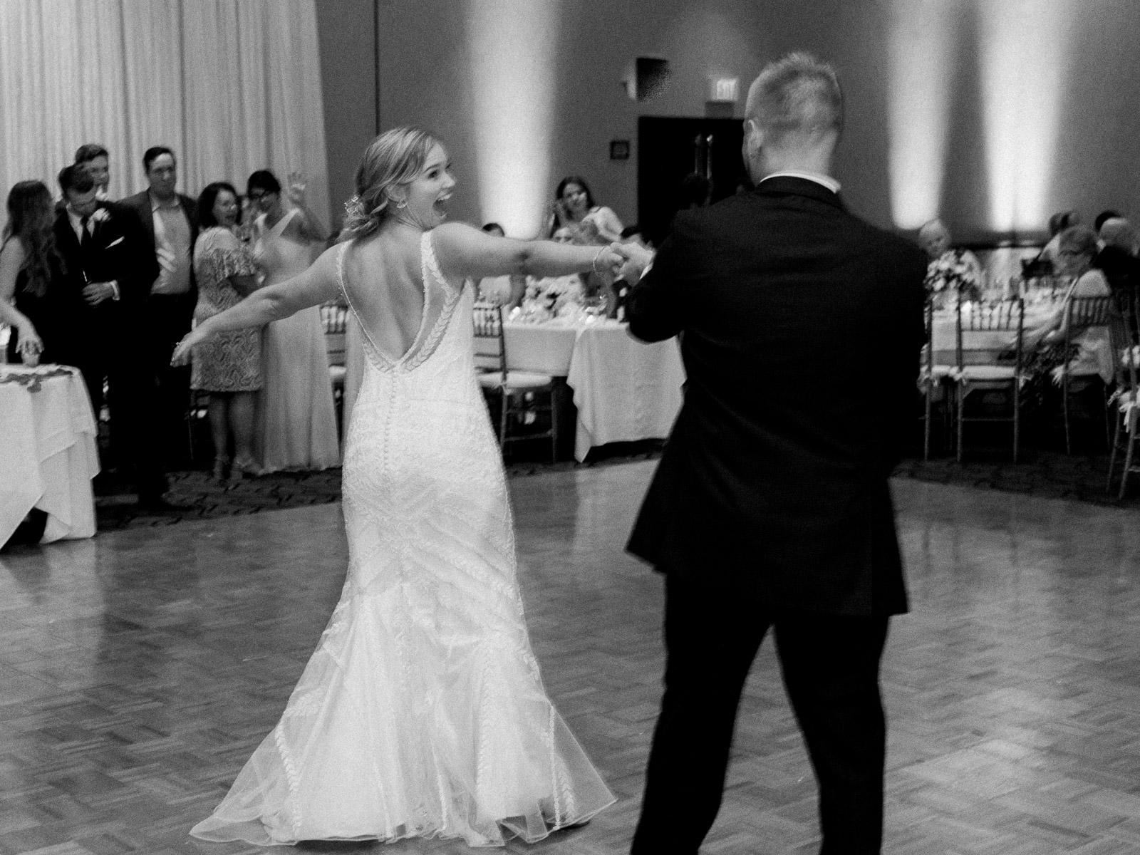 classic-spring-cleveland-wedding-53.jpg