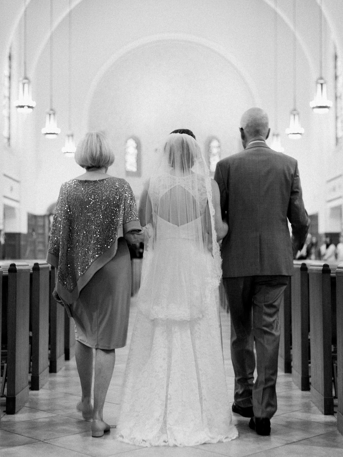 Sweet & Intimate Wedding in Rocky River Ohio-26.jpg