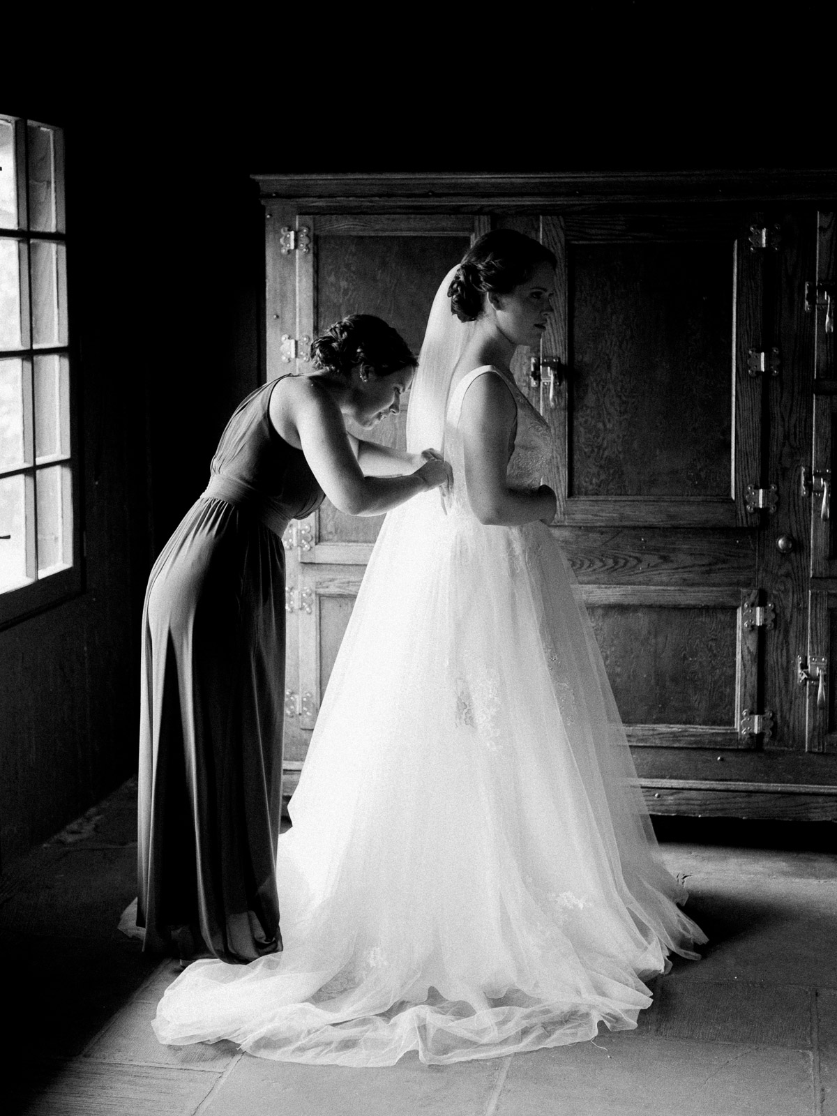 Stunning Summer Wedding in Cuyahoga Valley National Park-12.jpg