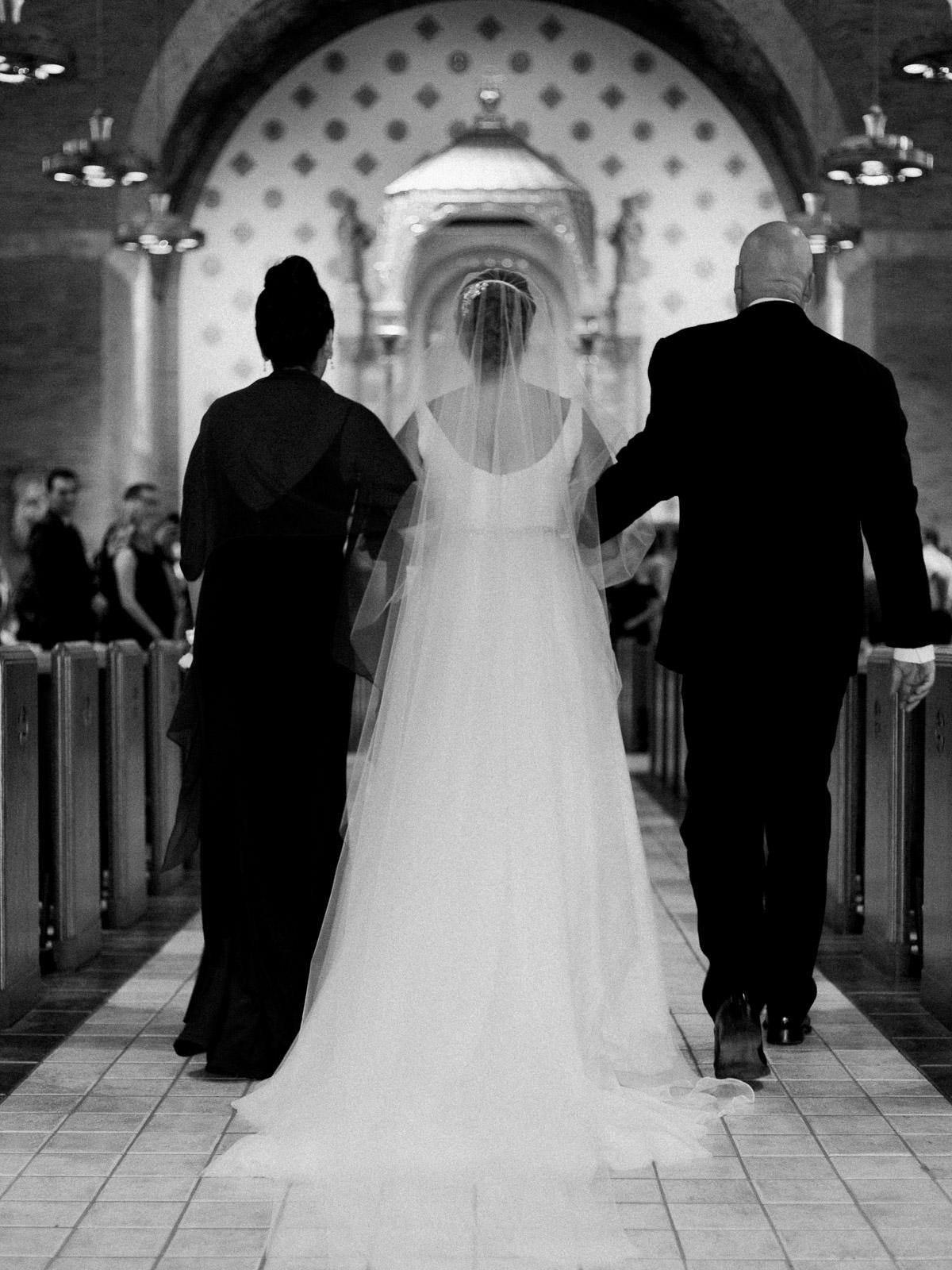 Bright and Joyful Cleveland Wedding Photography at Music Box Supper Club-14.jpg