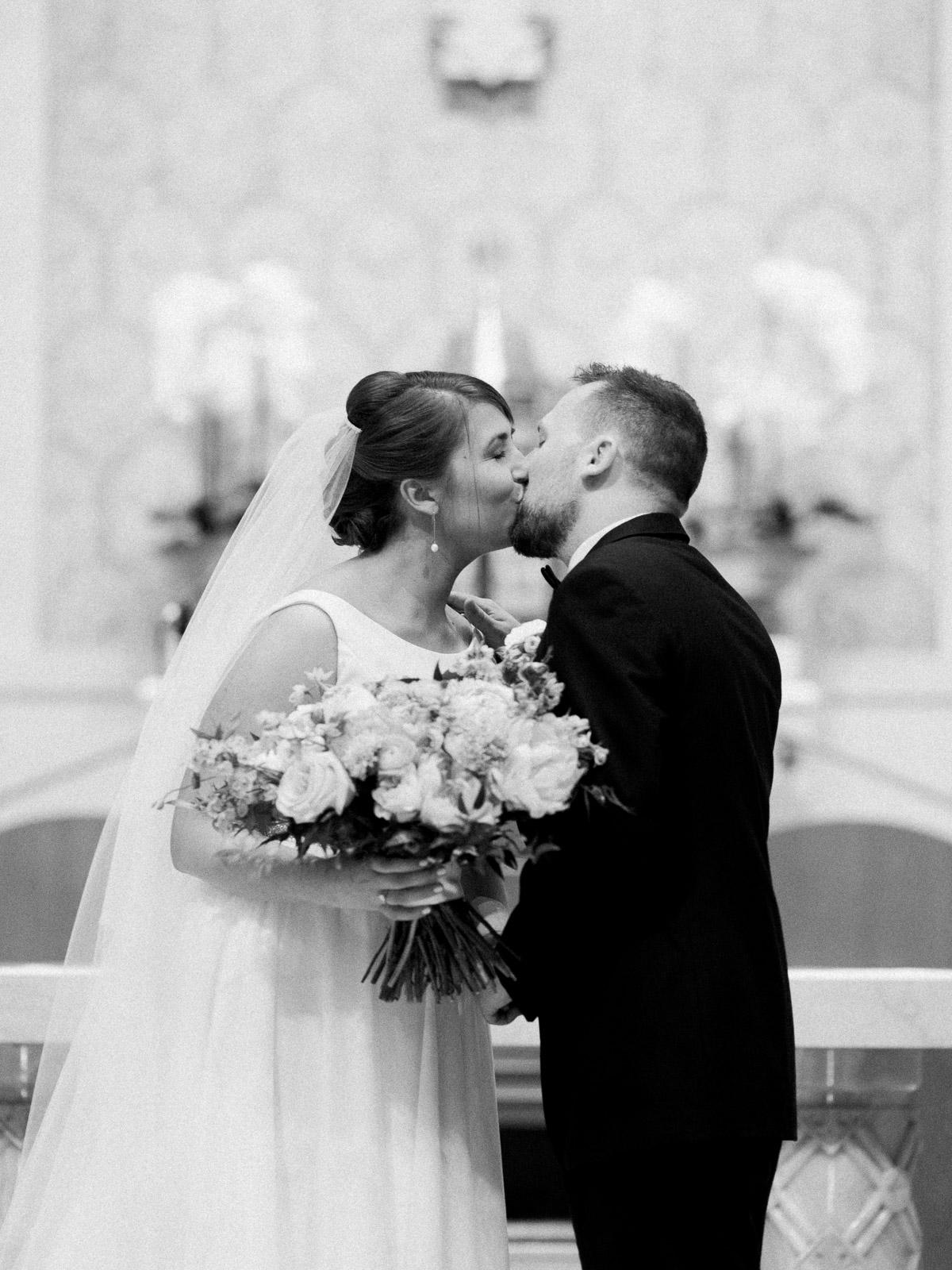 Bright and Joyful Cleveland Wedding Photography at Music Box Supper Club-20.jpg