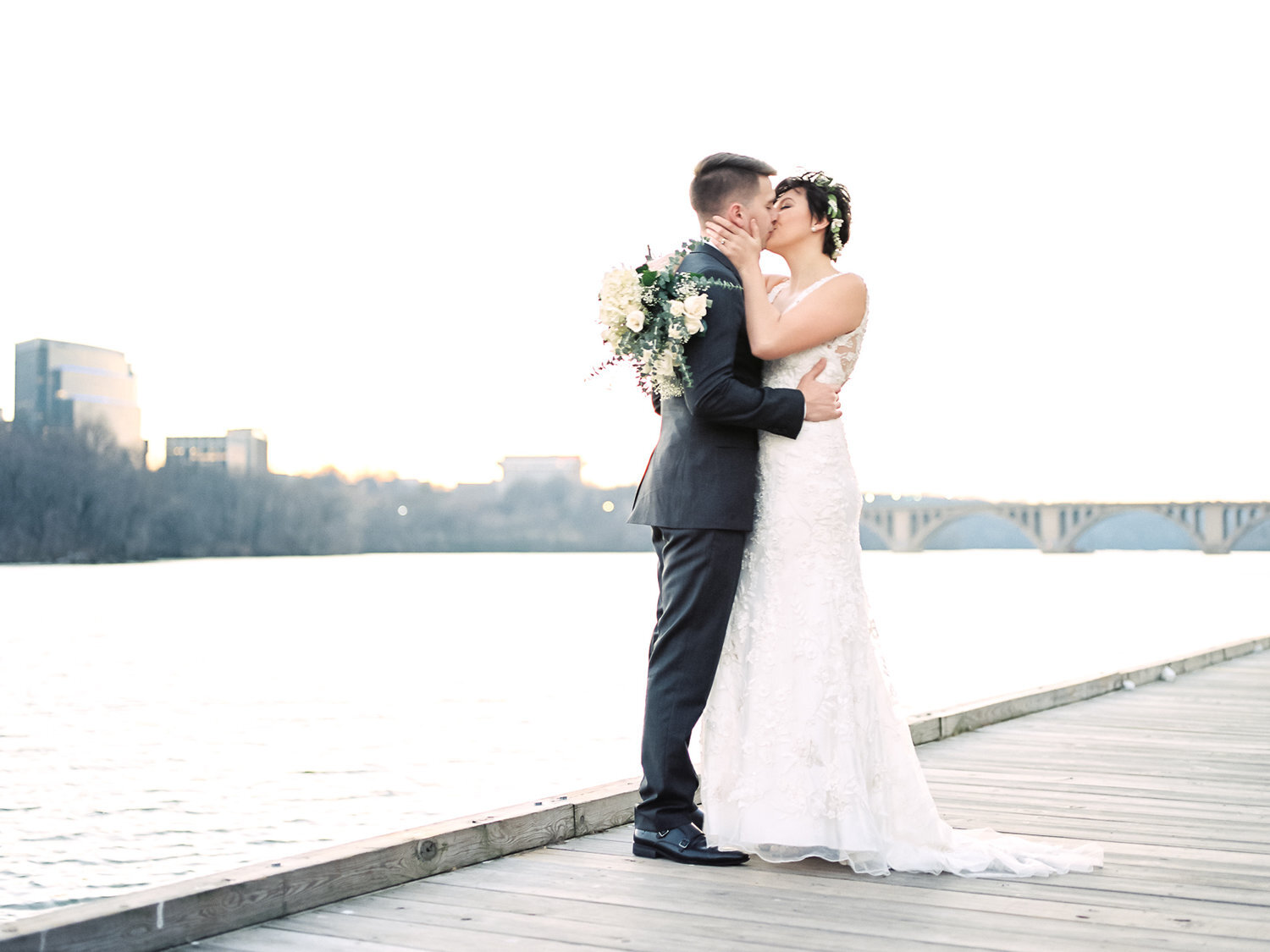How+to+Choose+Your+Wedding+Photographer+by+Cleveland+Wedding+Photographer+Matt+Erickson+Photography.jpg