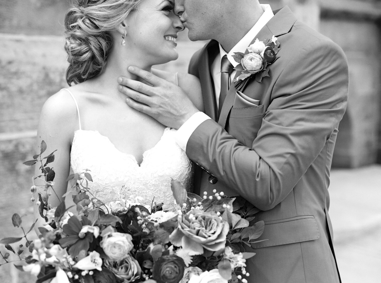 Matt+Erickson+Photography+Columbus+Atheneum+Wedding+with+Evergreen+Flower+Co..jpg