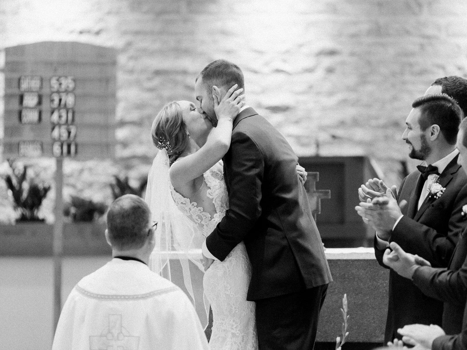 Elegant and Joyful Wedding at Crago Farms in Columbus, Ohio-28.jpg