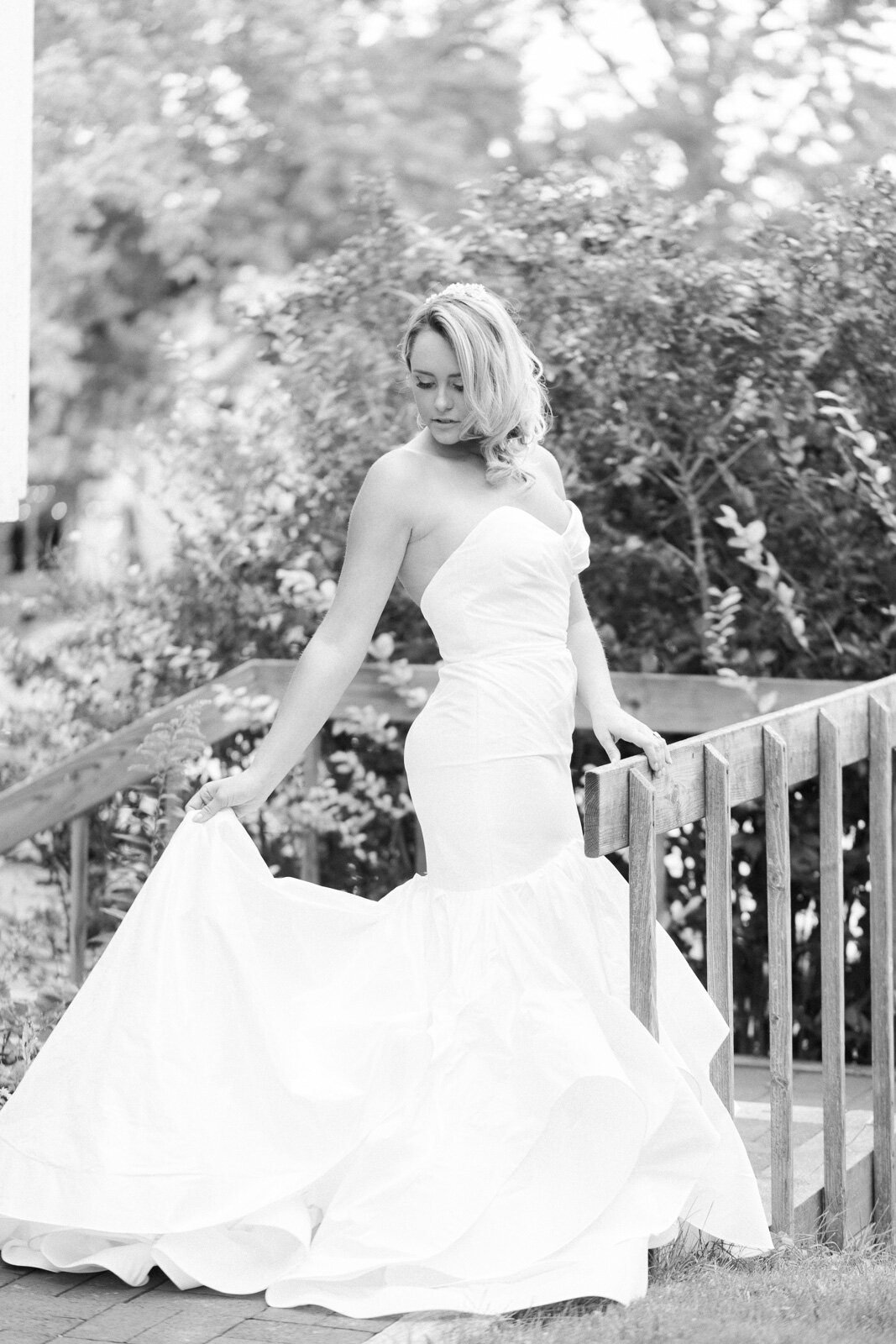 C098765 leveland+Wedding+Dress+Boutique,+Radiant+Bride+by+Cleveland+Wedding+Photographer+Matt+Erickson+Photography.jpg