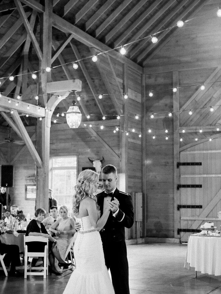 Gorgeous+Religious+Wooster+Ohio+Wedding+by+Cleveland+Wedding+Photographer+Matt+Erickson+Photography.jpg