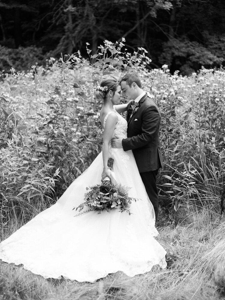 bohemian-akron-wedding-by-matt-erickson-photography-21.jpg