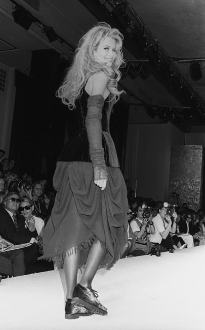 Chanel, Claudia Schiffer, 1992