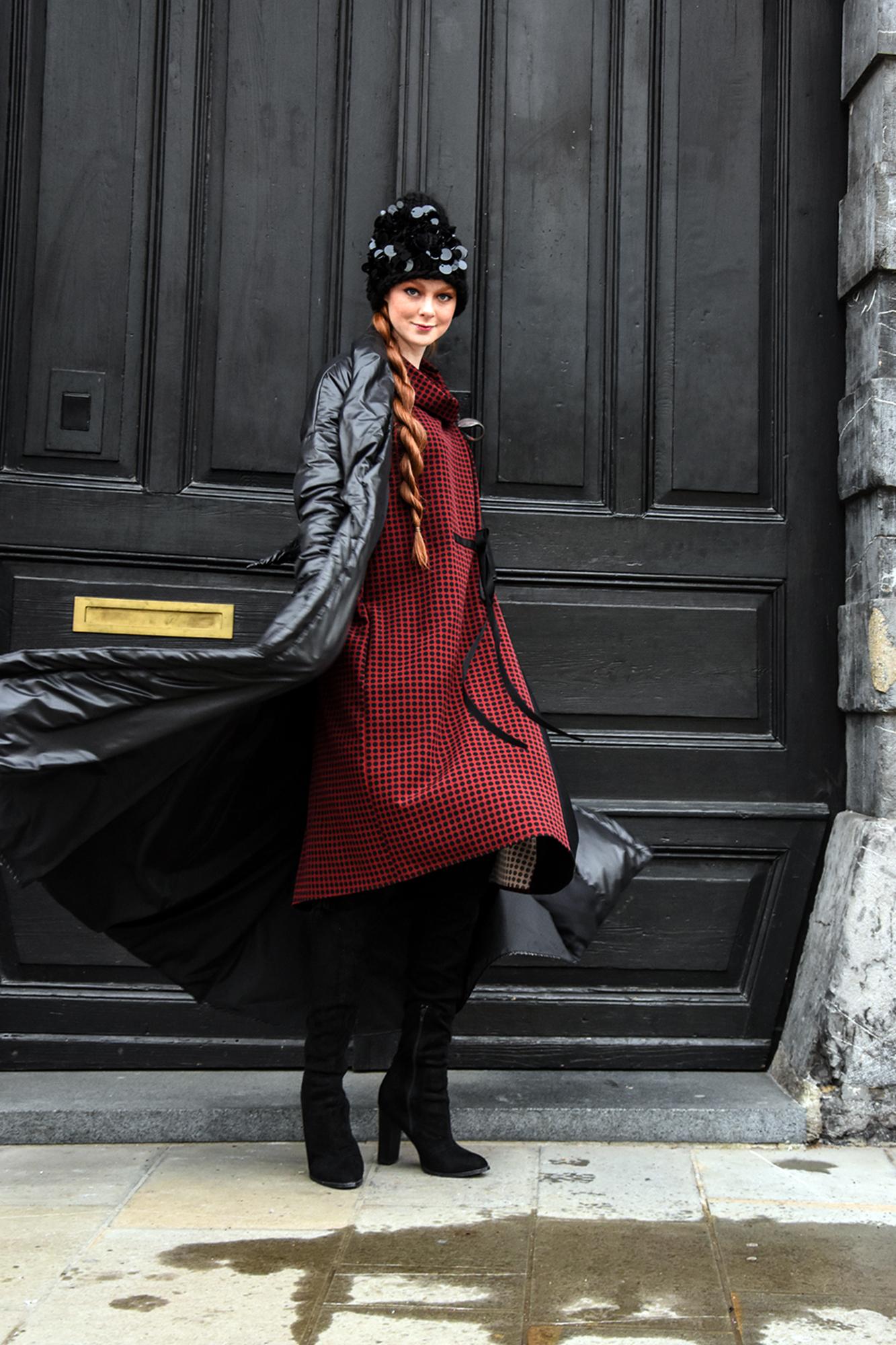 obleka Firma by Sanja/plašč JSP/kapa last stilistke