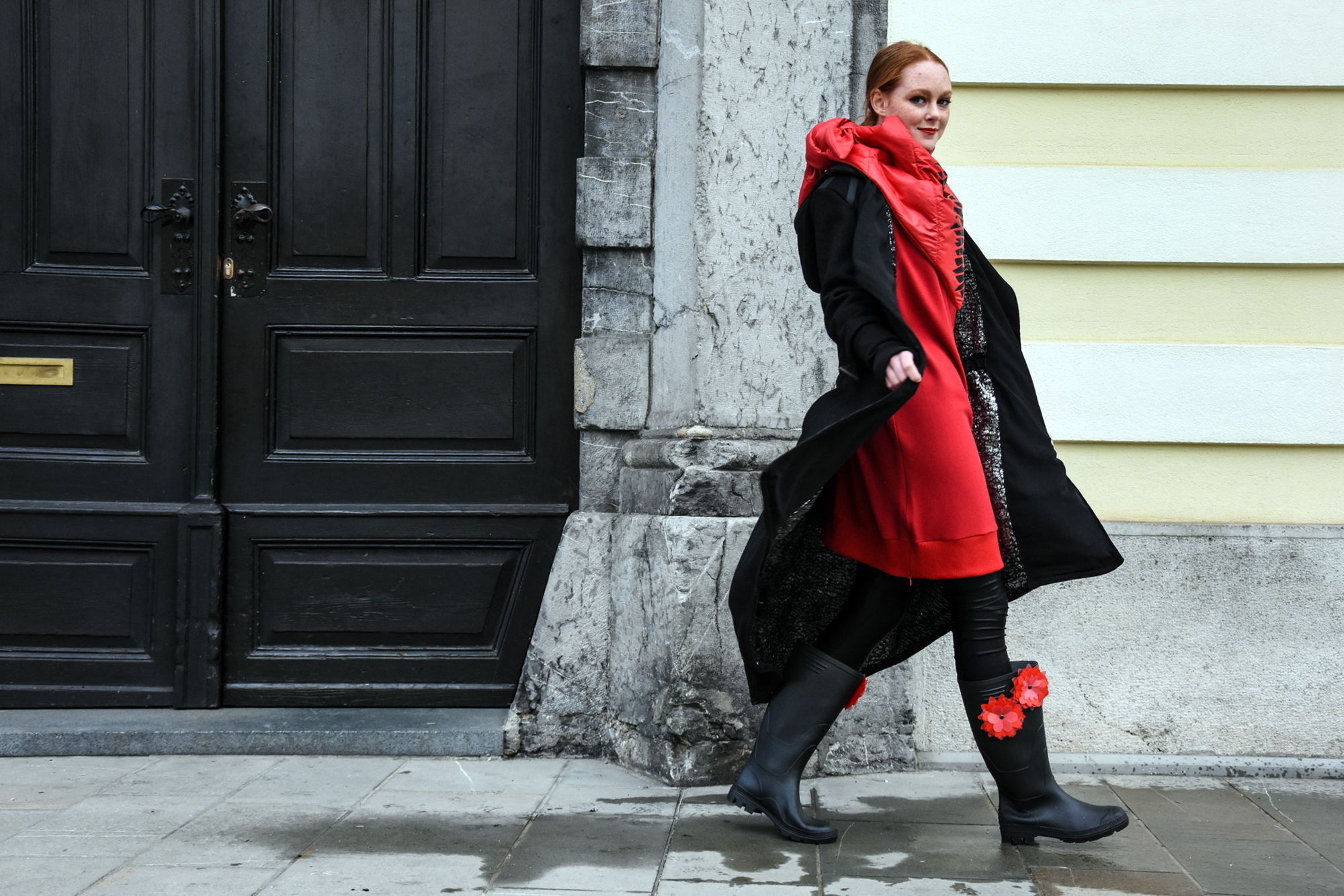 Copy of pajkice Tina Pavlin/obleka Julija Kaja Hrovat/šal JSP/plašč NI