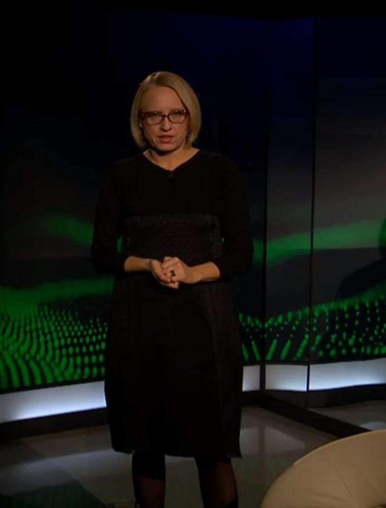 Ksenija Horvat v oddaji Profil nosi obleko Renata Bedene