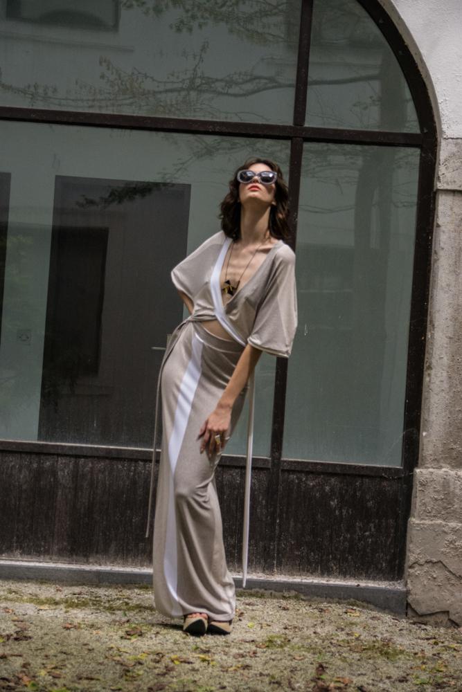 Obleka Renata Bedene 128€  Ogrlica SUI 30,9€  Prstan SUI 19,9€