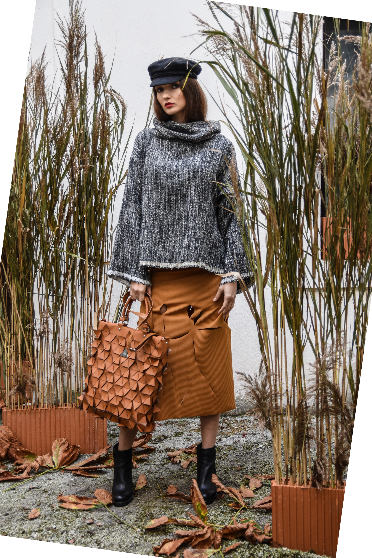 Nika R. pulover 120 eur  Nika R. krilo 66 eur  Blond Bliss 70 eur  zelolepo denarnica 90 eur
