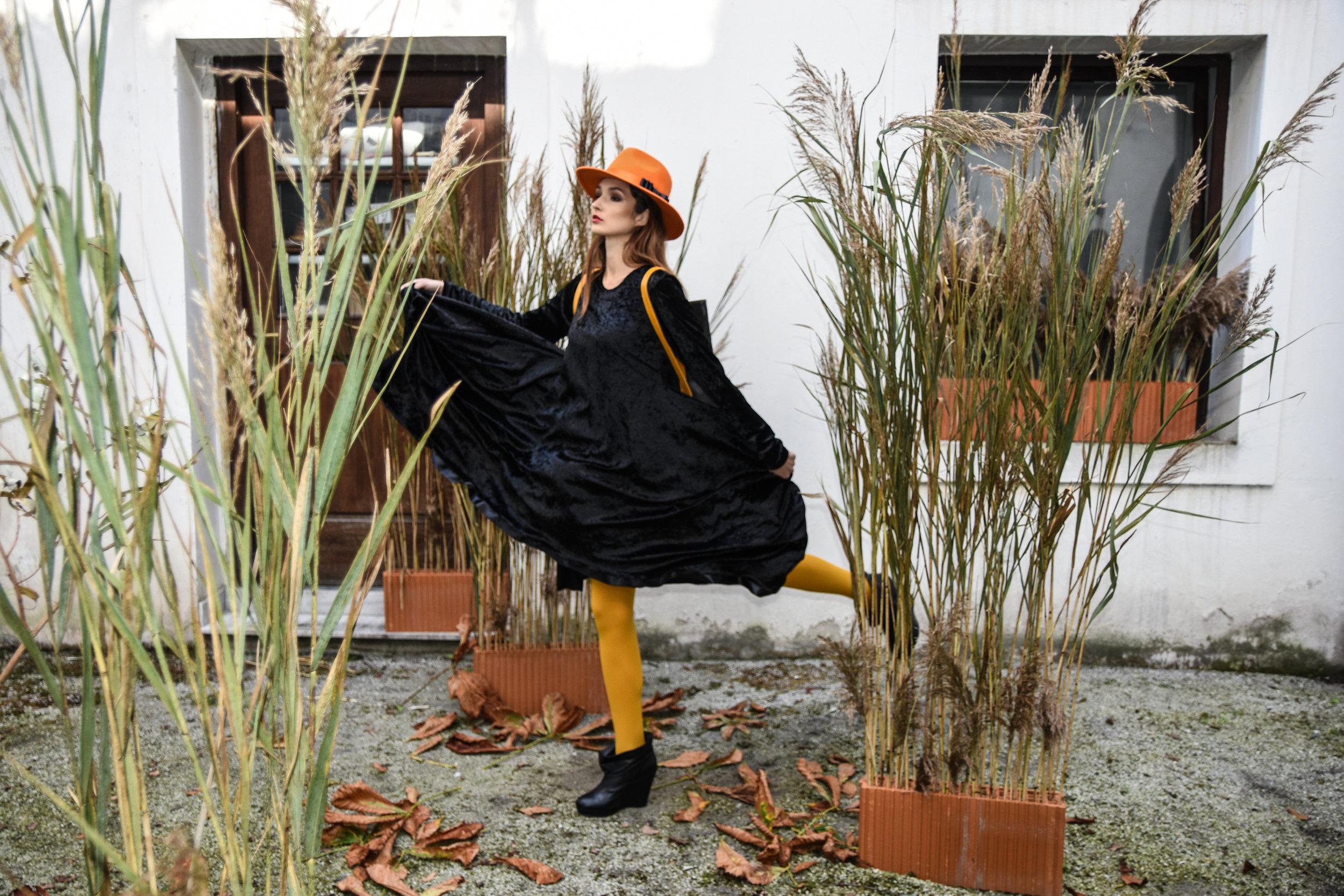 David obleka 140 eur  Zelolepo torba 315 eur  klobuk Blond Bliss 260 eur