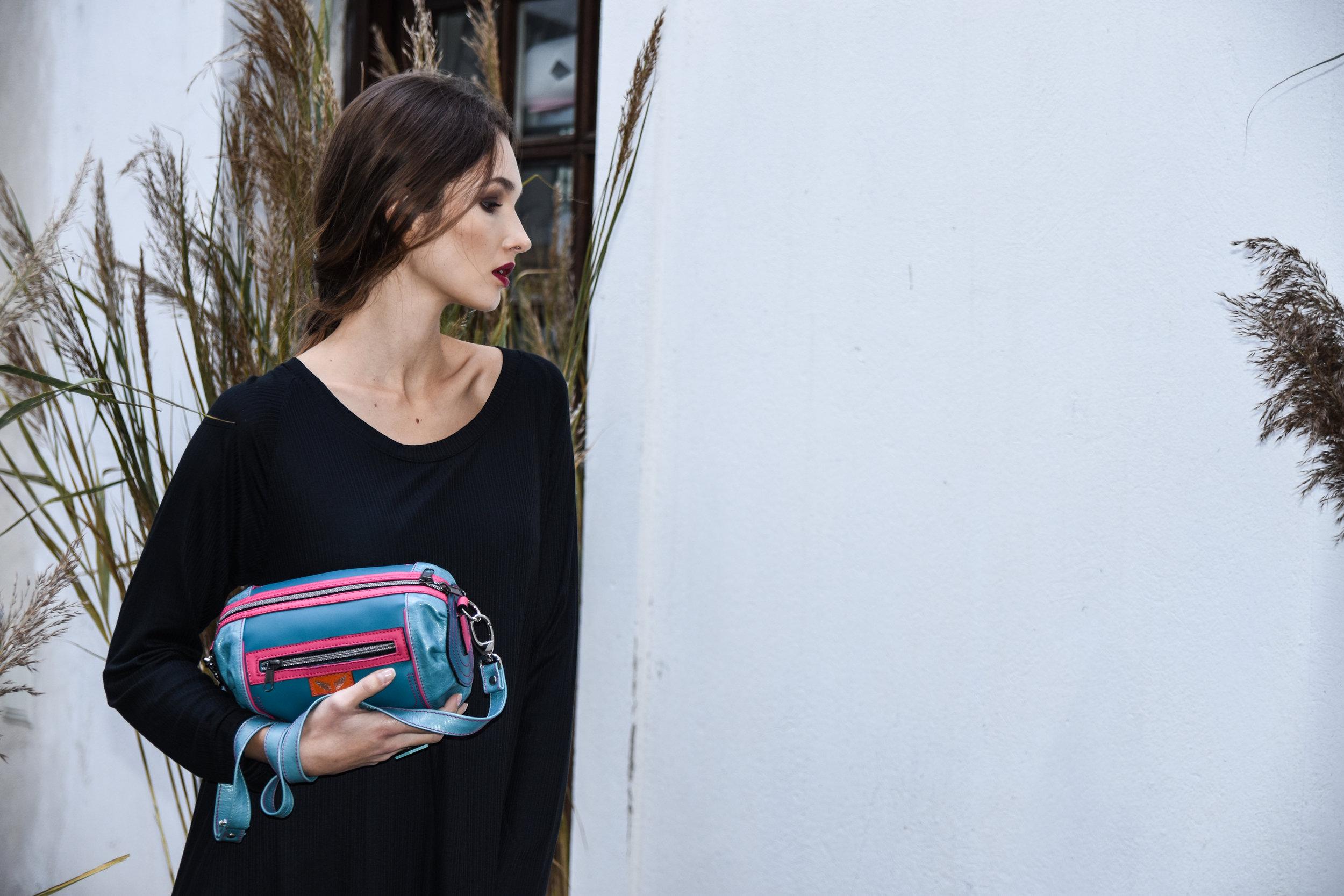 Sui prstan 19,90 eur  Zelolepo torba 180 eur  NI obleka 98 eur