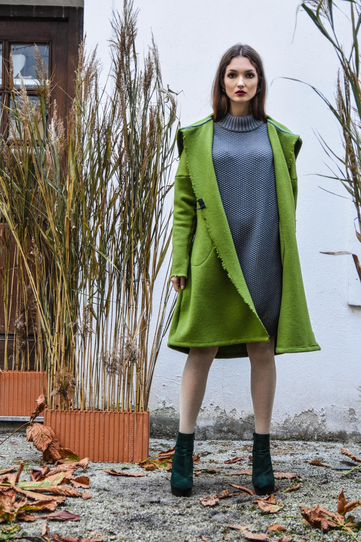 Mila Vert obleka 148 eur  Renata plašč 185 eur  torba zelolepo 180