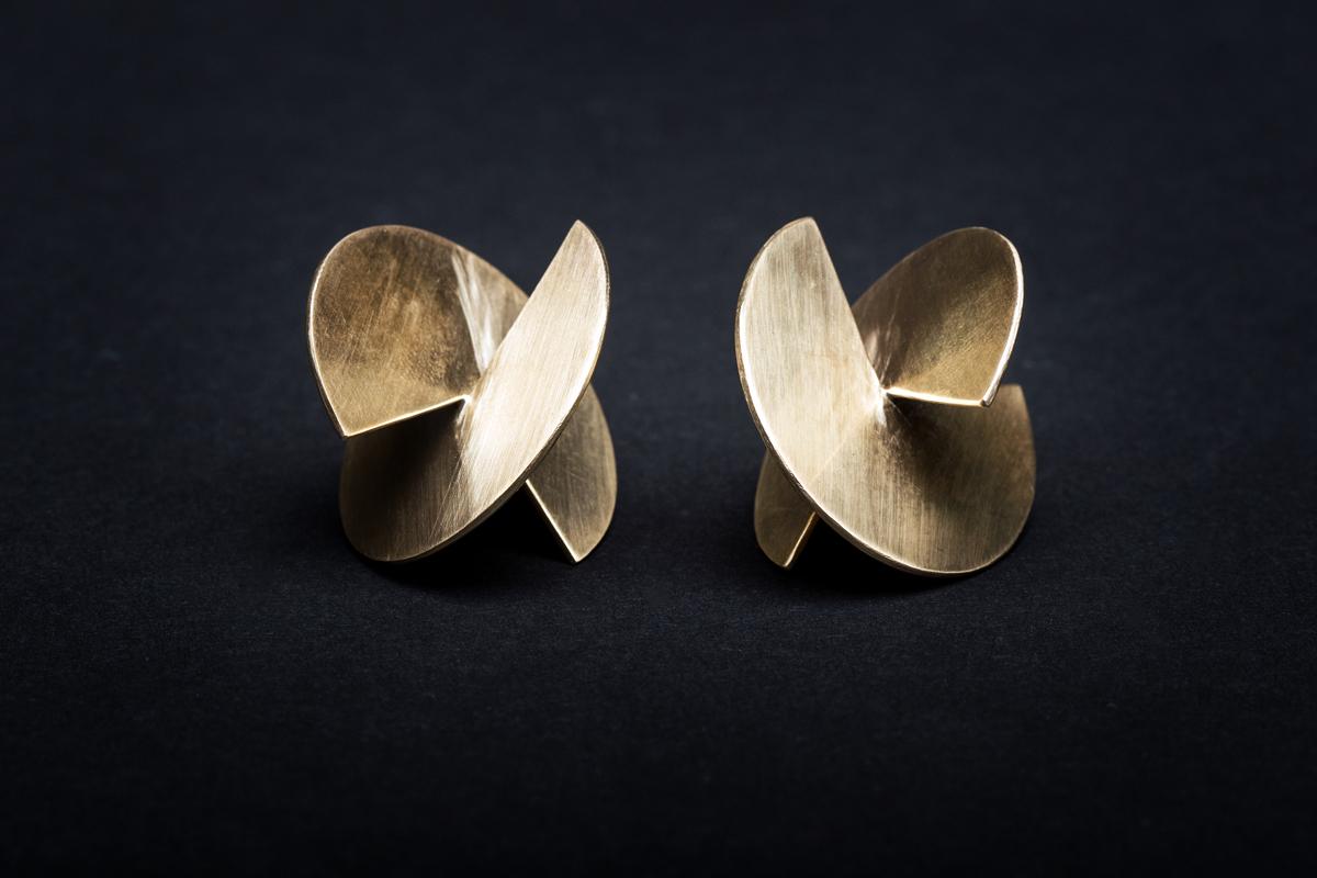 Neža Žehelj jewellery - uhani.jpg