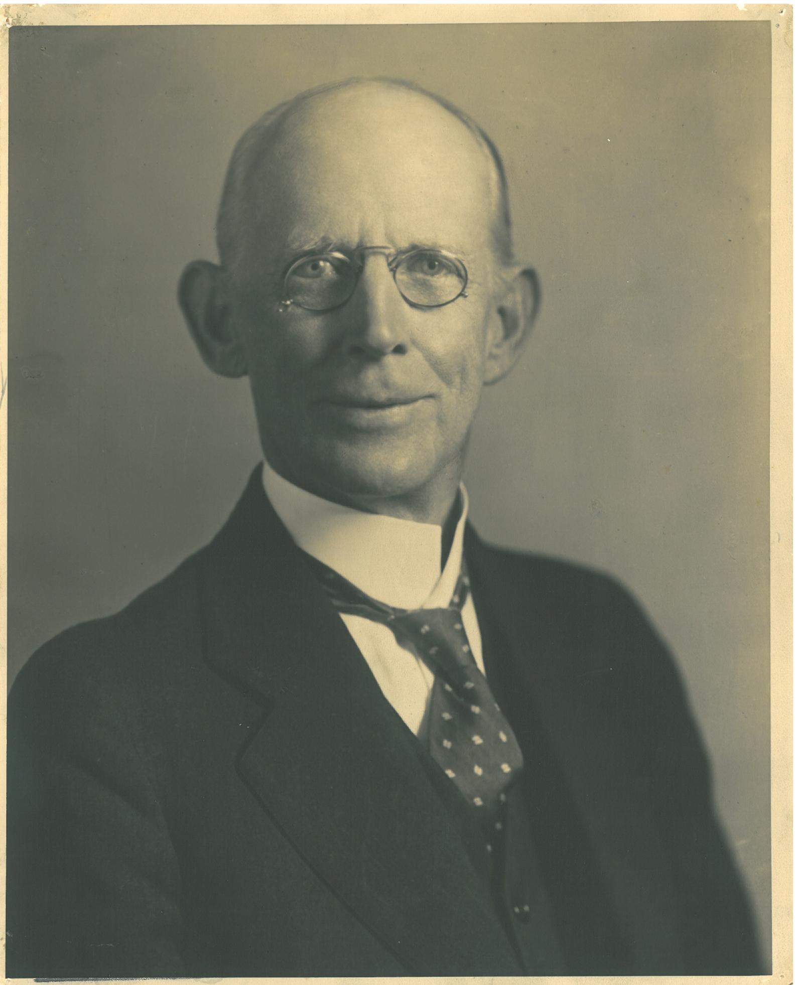 Dr. Robert F. Campbell Jr.png