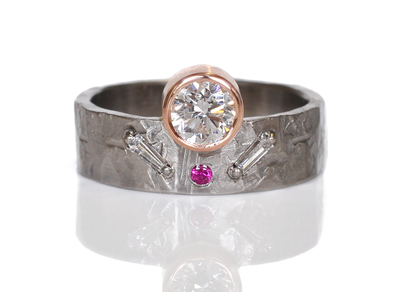 This unique beauty was created with the stones from Cynthia's mother's ring. The original ring was a classic vintage piece, scroll down to see, but Cynthia wanted something more funky to fit her style. I love giving new life to old jewels. Don't let your diamonds go to waste in your jewelry box ;)