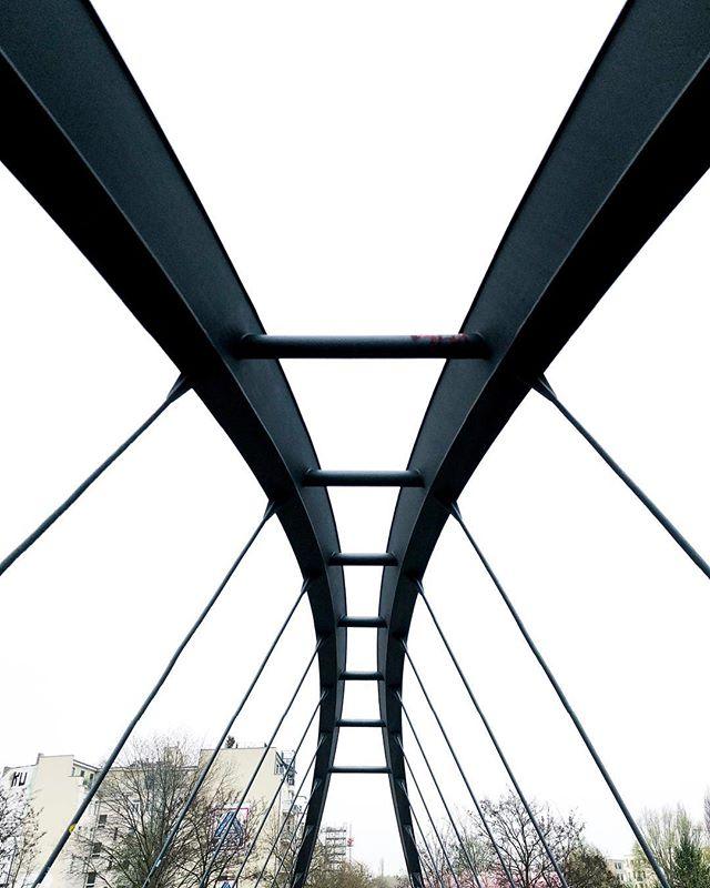 Berlin bridge . . #iphonephotography #berlin #lightroom #minimalist