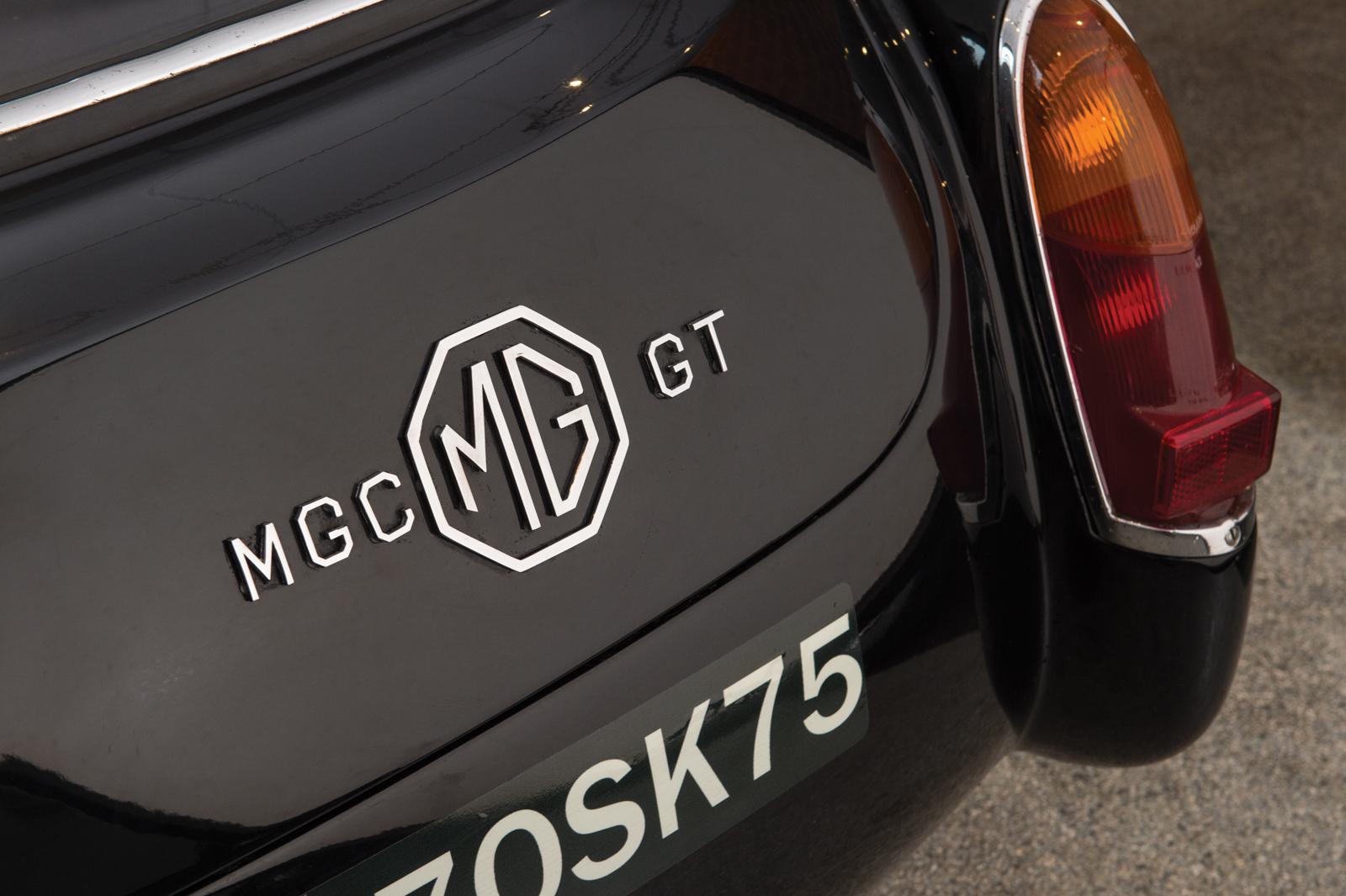 MC16_r225_006.jpg