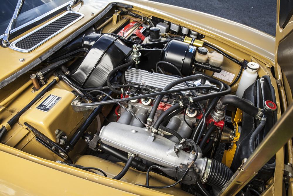 1972 Volvo P1800E  Chassis no. 184352U6.jpg